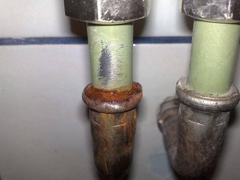Undichte heizungsrohre abdichten