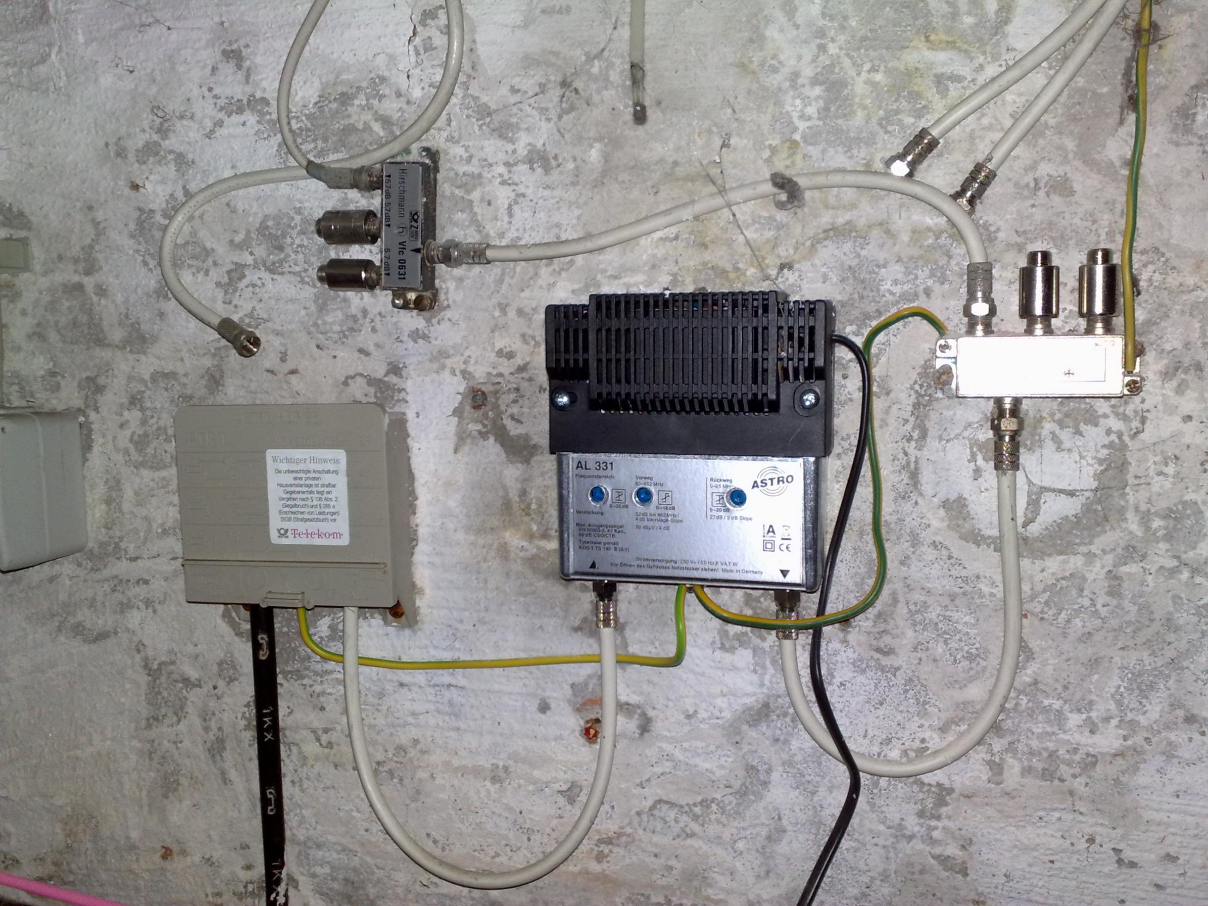 Telefon und TV-Kabel in einem Hausanschluss   ComputerBase Forum