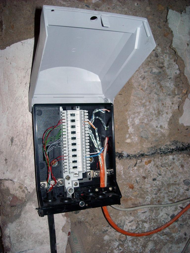 Hausanschluss Telekom - Router direkt drauf klemmen zum testen ...