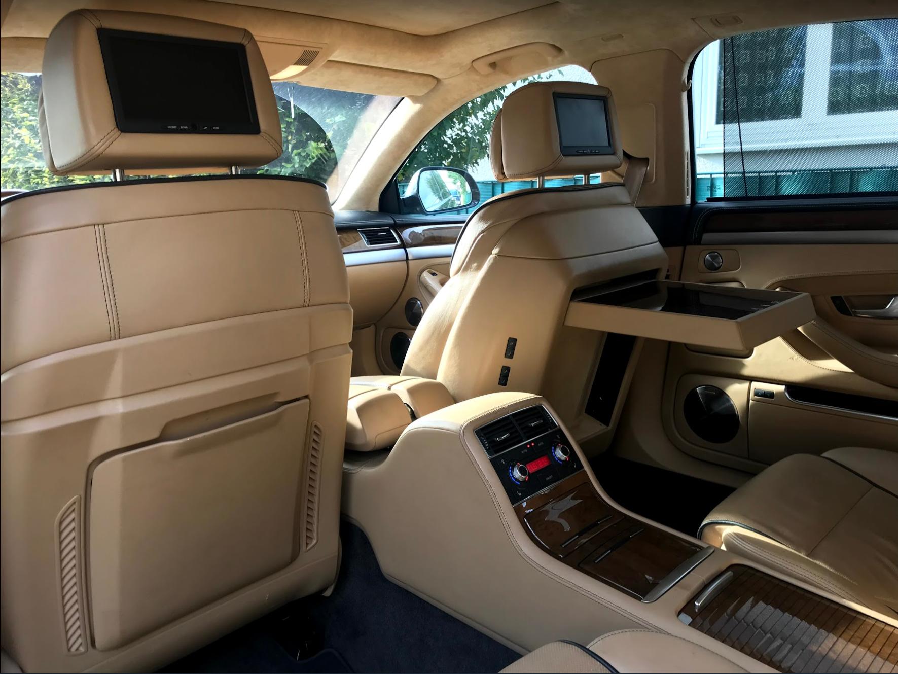 audi-a8-rear-seat-entertainment.PNG