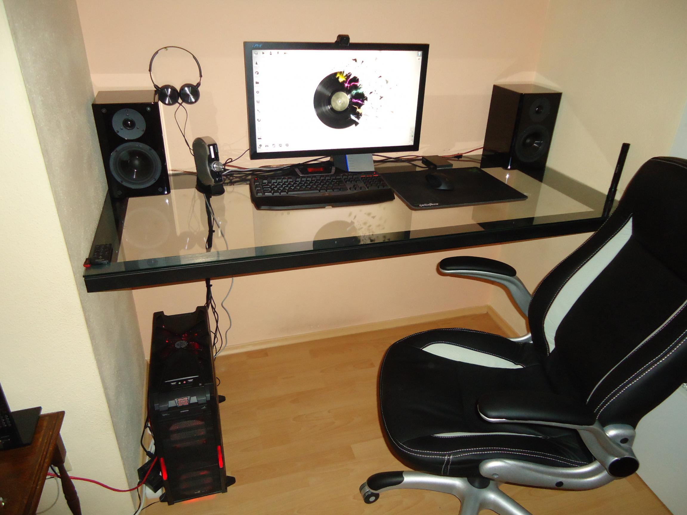 hardware im tisch einbauen seite 3 computerbase forum. Black Bedroom Furniture Sets. Home Design Ideas