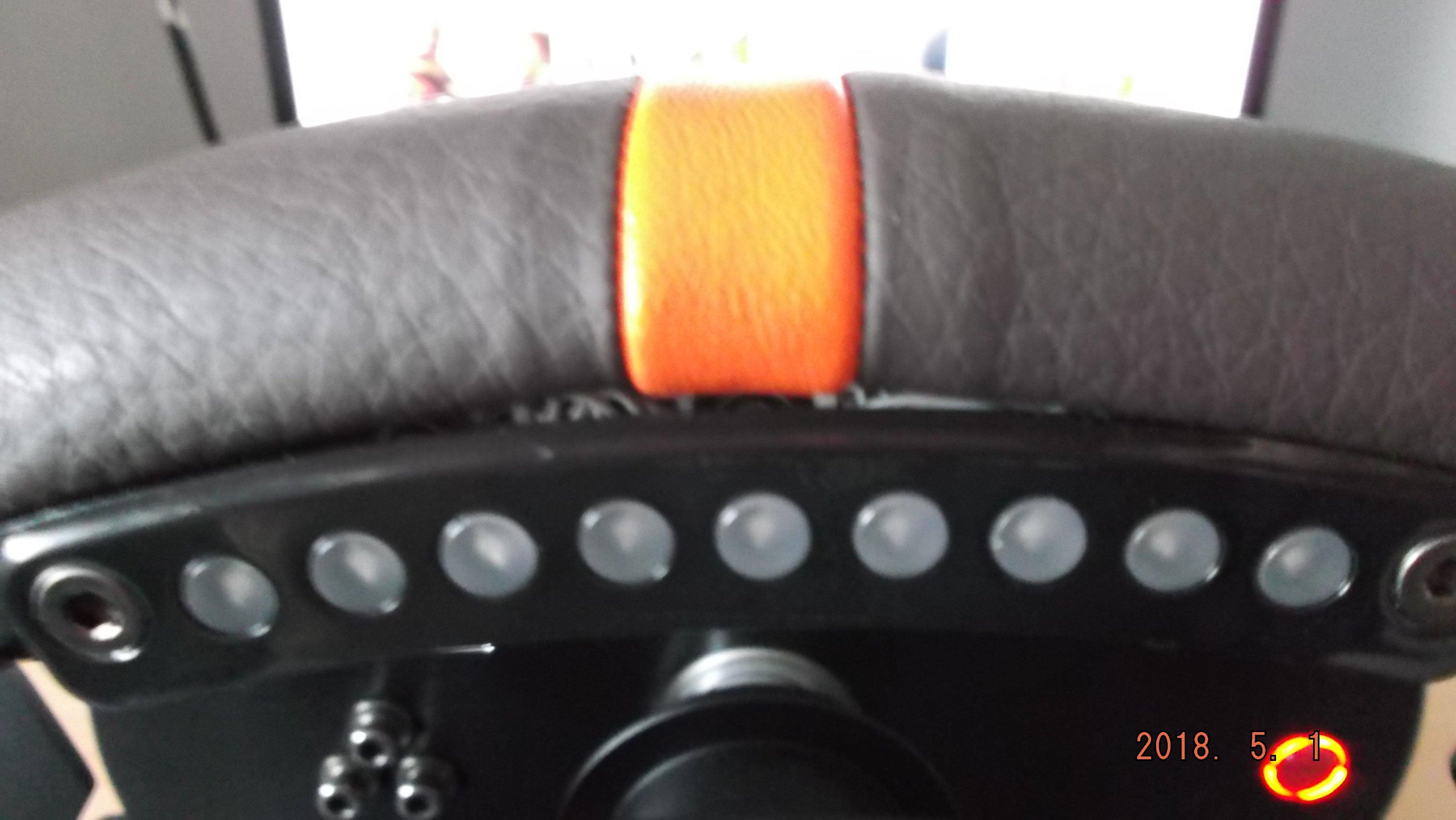 fanatec porsche 918 rsr wheel.jpg