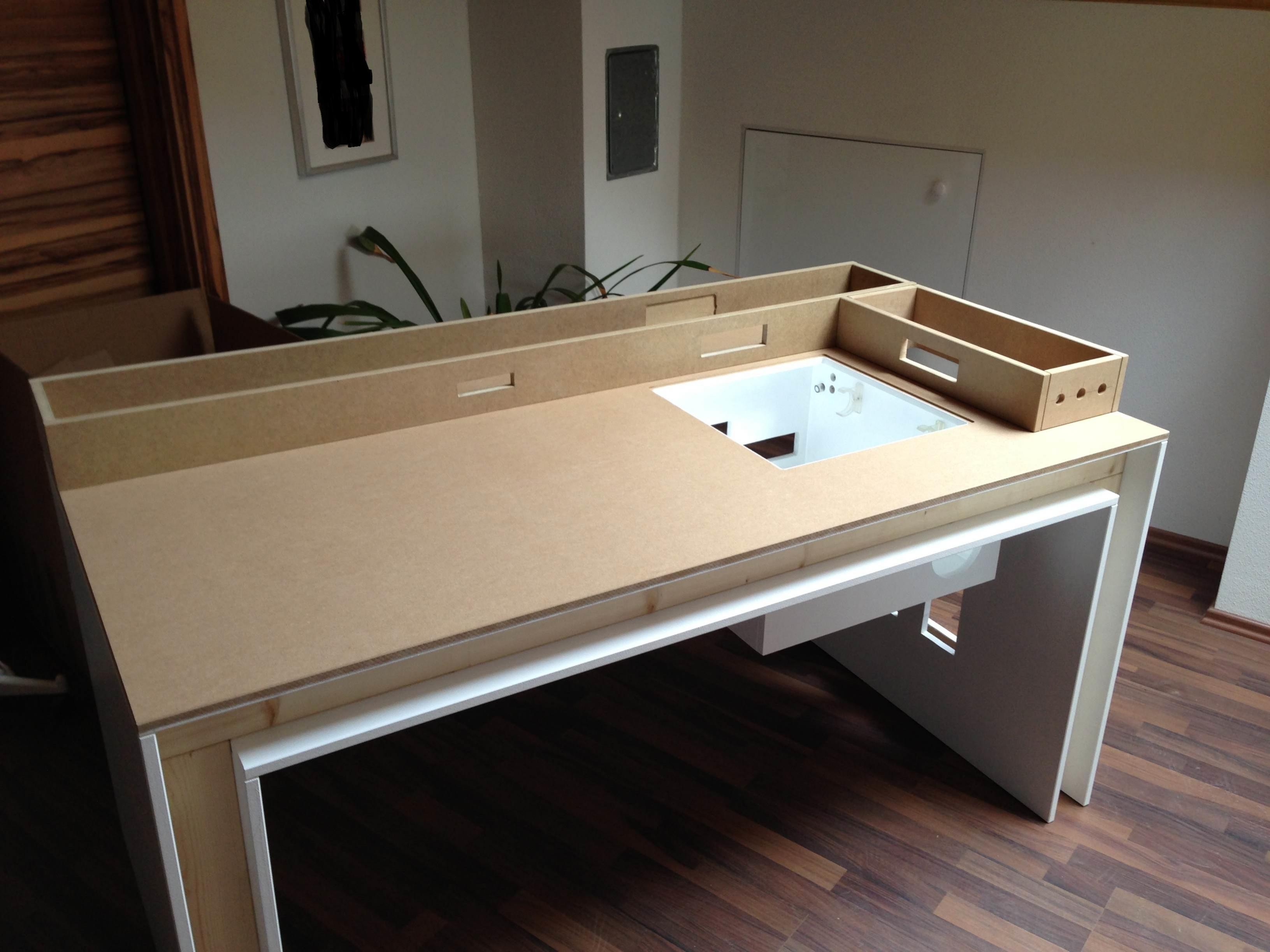 modding pc tisch eigenbau pc im tisch computerbase forum. Black Bedroom Furniture Sets. Home Design Ideas