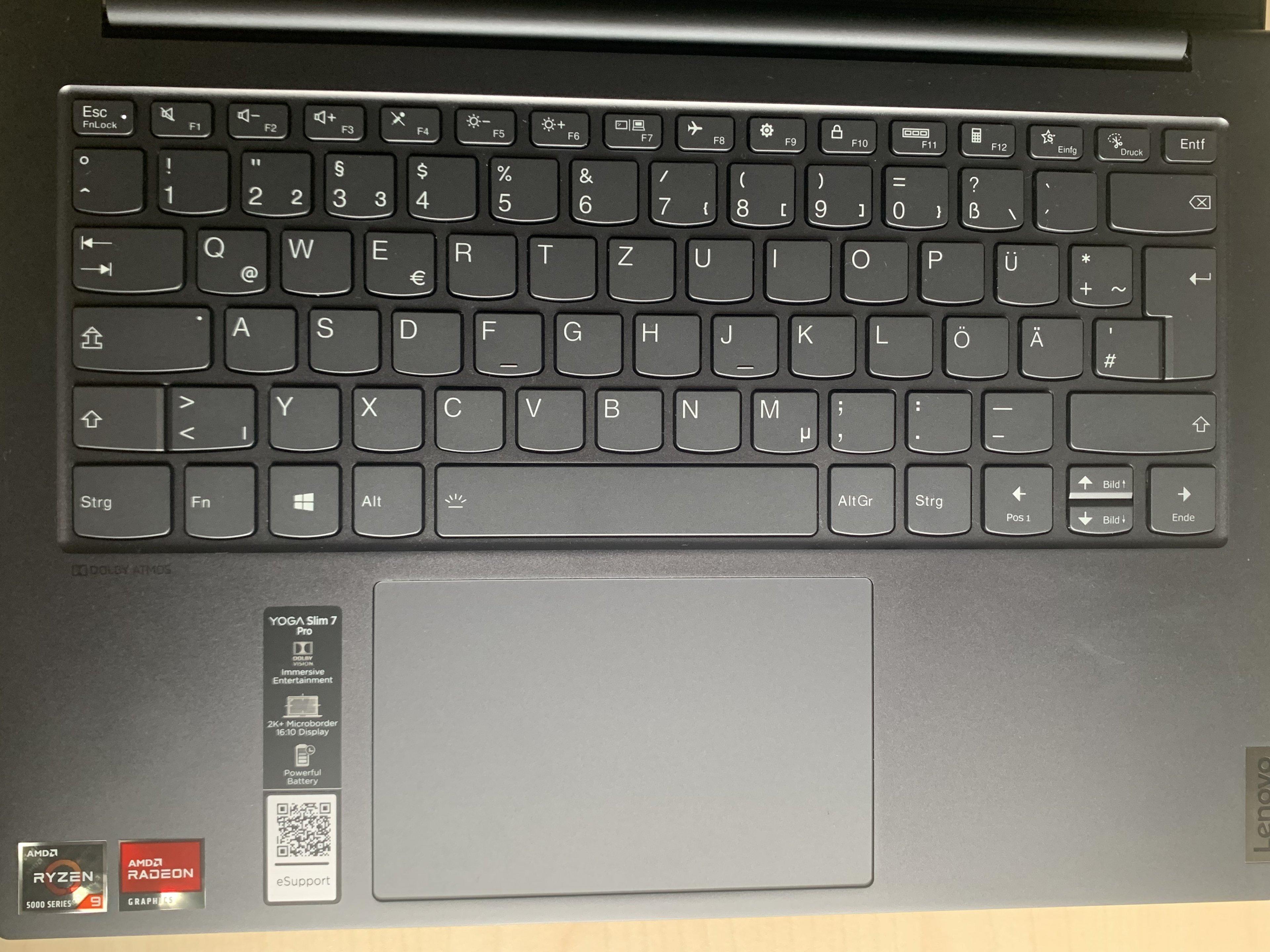Tastatur mit Stickern.jpg