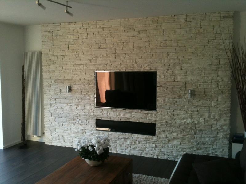 Wohnwand design stein  Projekt] Wohnwand mit integriertem TV, Soundbar & HTPC ...
