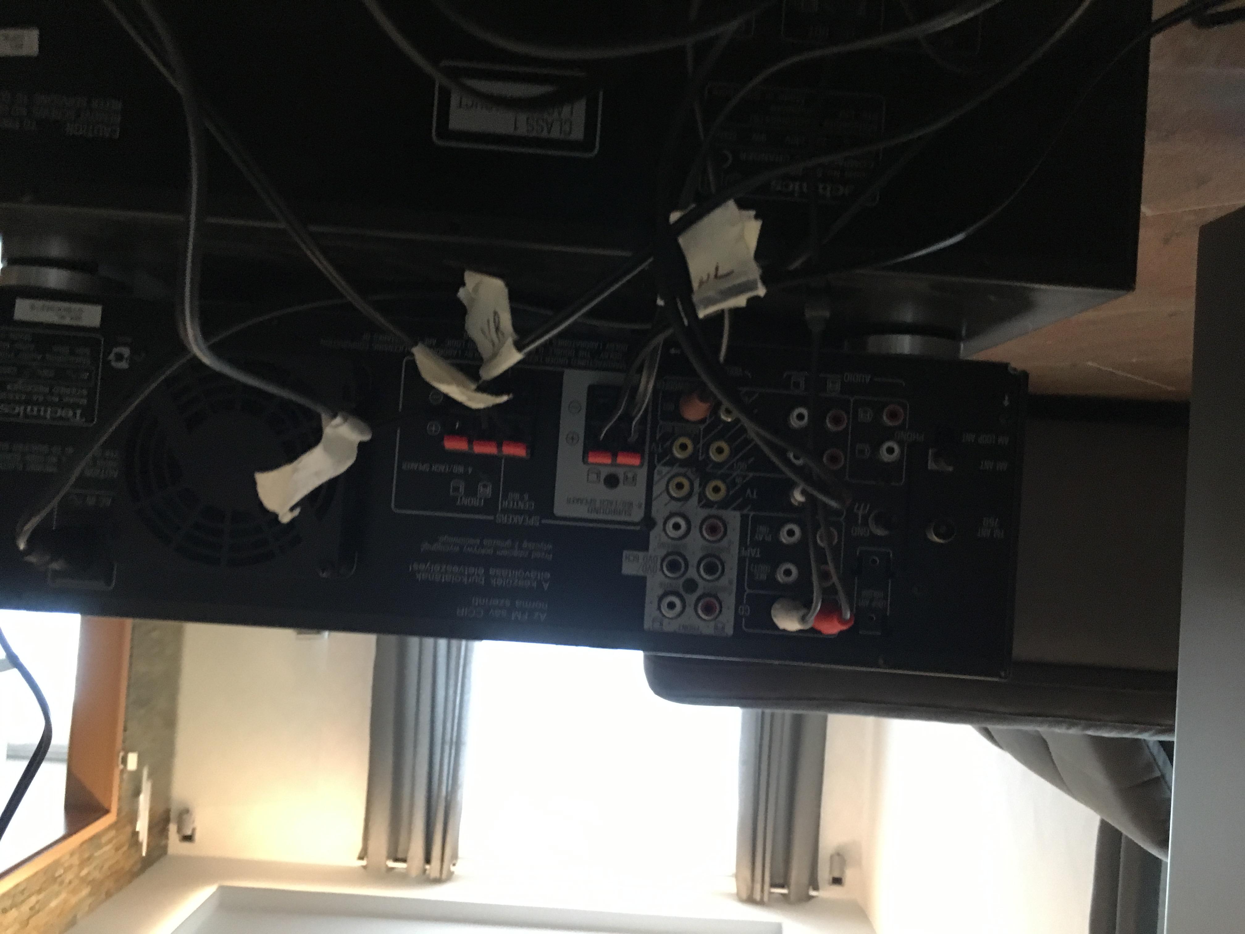 Verkabelung (Älterer) Verstärker - SKY Reciever - SmartTV (5.1 ...