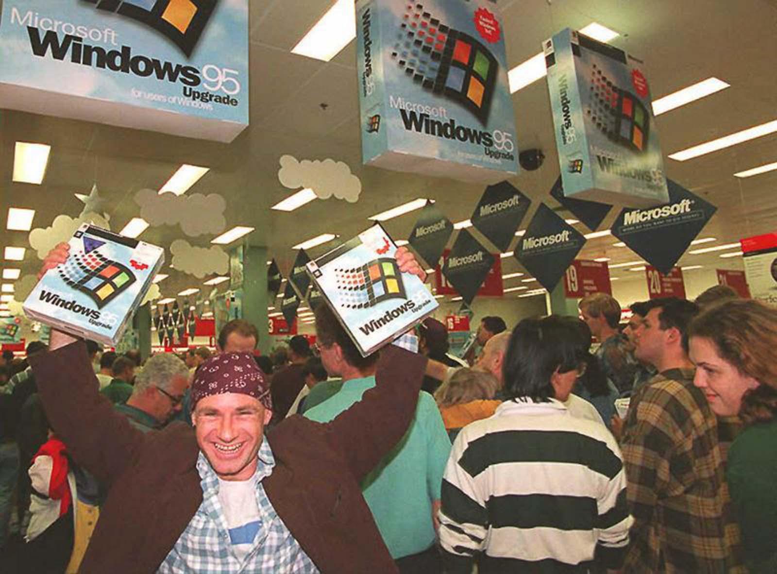 Windows_95_launch (1).jpg